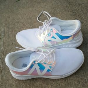 Girl's New Balance sneakers sz 2